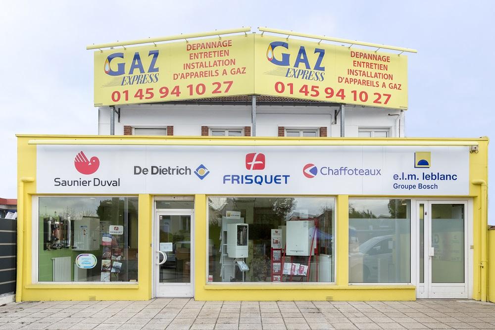 Devanture de la nouvelle agence du groupe M-Energies, Gaz Expresse à Ormesson-sur-Marne
